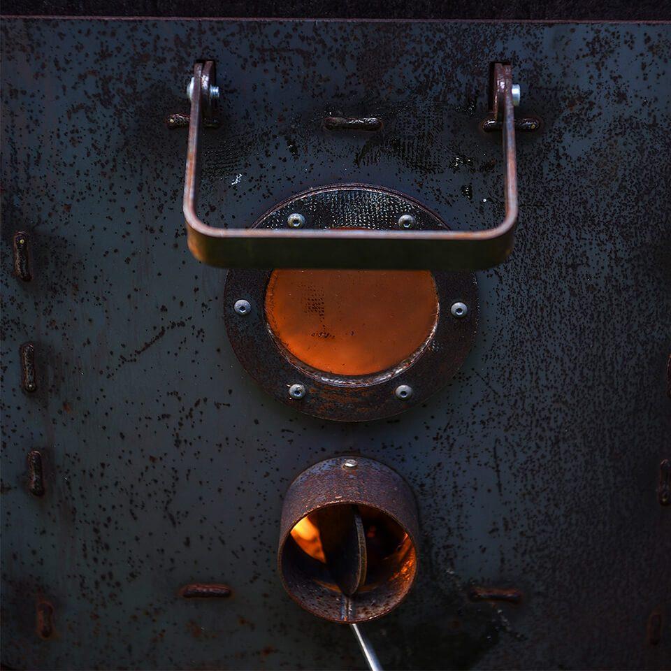 Outdooroven Door Closeup Deur Tuinhaard