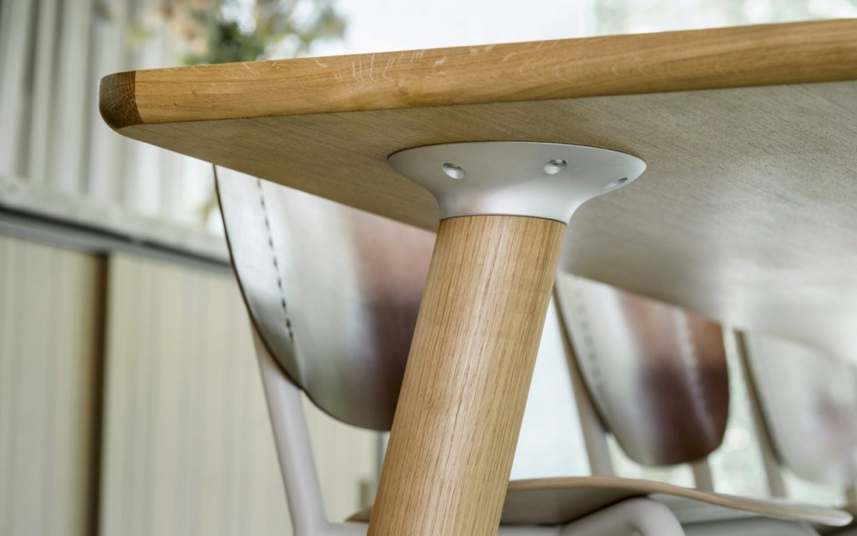 Air Wooden Table 1