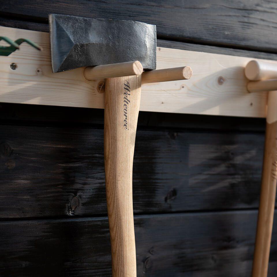 Weltevree Splitting Ax Wood Wall