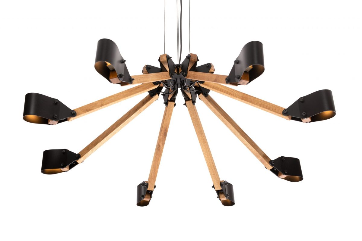 Triangle chandelier 8 arms