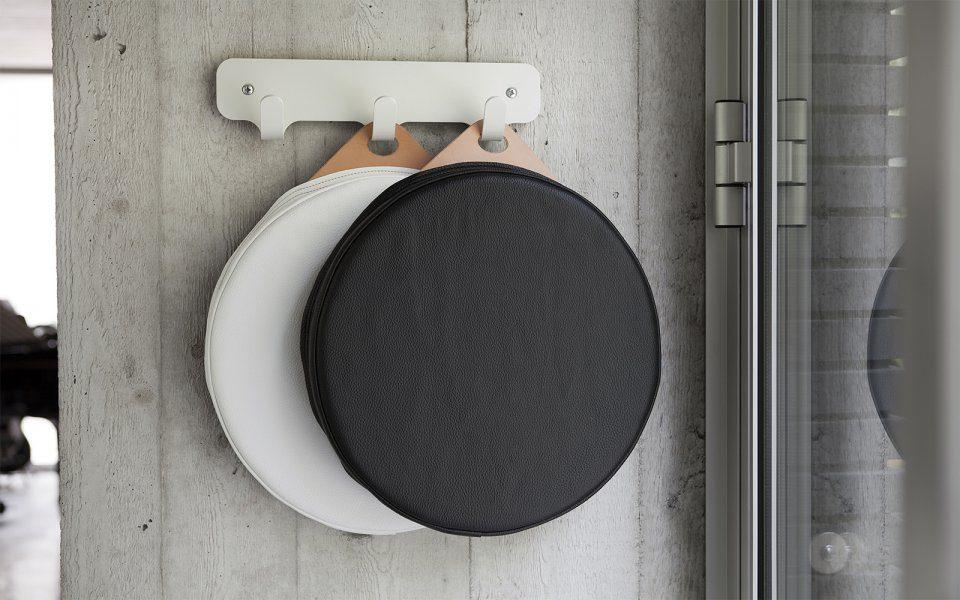Functionals Cushion Zwart Luxe Design Hangbaar