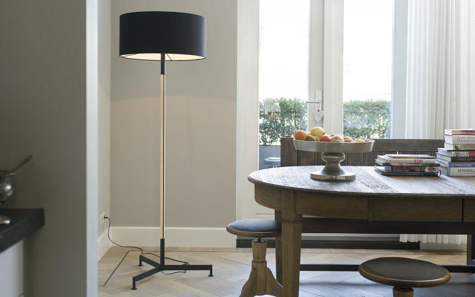 Functionals Stoklamp Design Vloerlamp Zwart Messing Gimmii Woonkamer